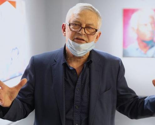 Малевич как мем: выставка классика соц-арта Александра Косолапова